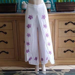 BNWT white long pants 2XL